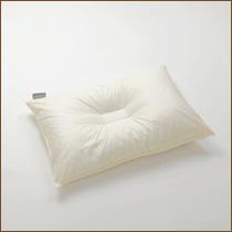 枕の形状 中央くぼみタイプの枕(まくら)