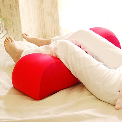 膝下枕(ひざしたまくら)