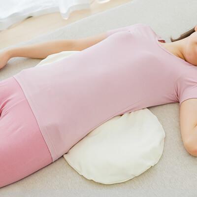 腰枕(こしまくら)