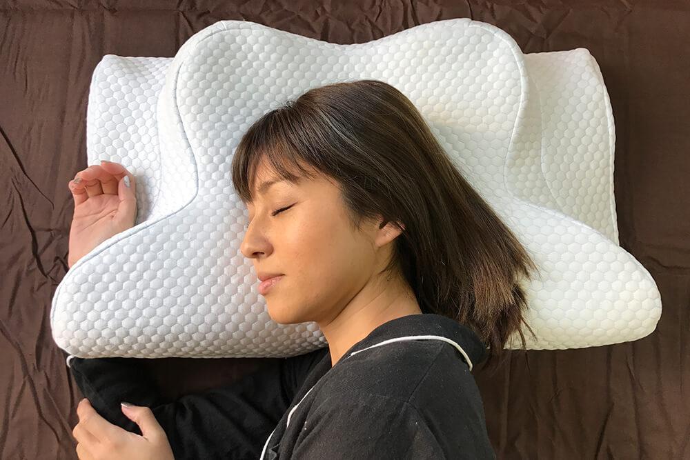 横向き寝に特化した横寝専用まくらYOKONE2(ヨコネ2)